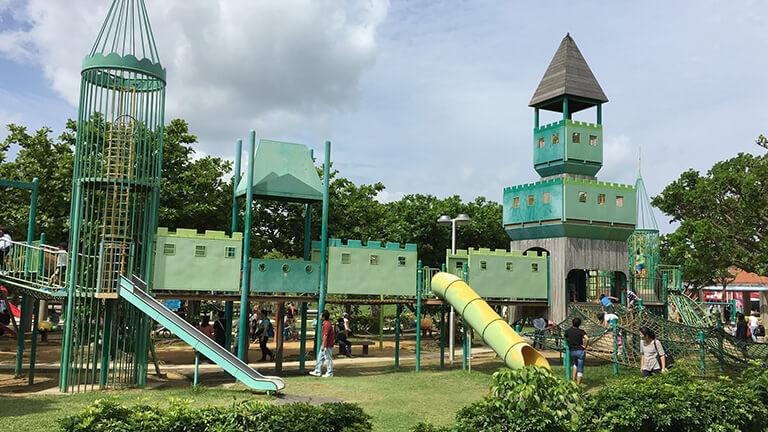 沖縄県総合運動公園 キャンプ場 遊具