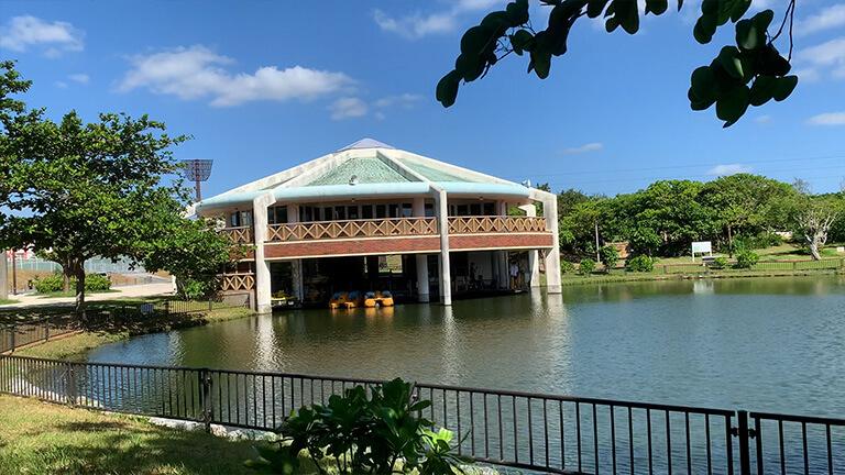 沖縄県総合運動公園 キャンプ場 ボート