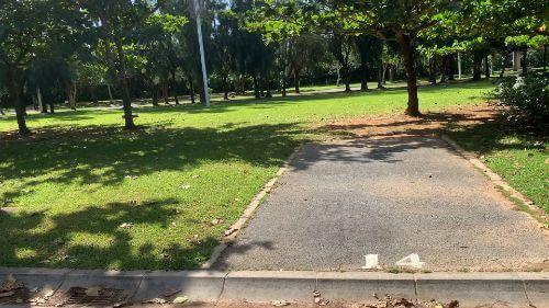 沖縄県総合運動公園 キャンプ場 予約見取り図 区画14